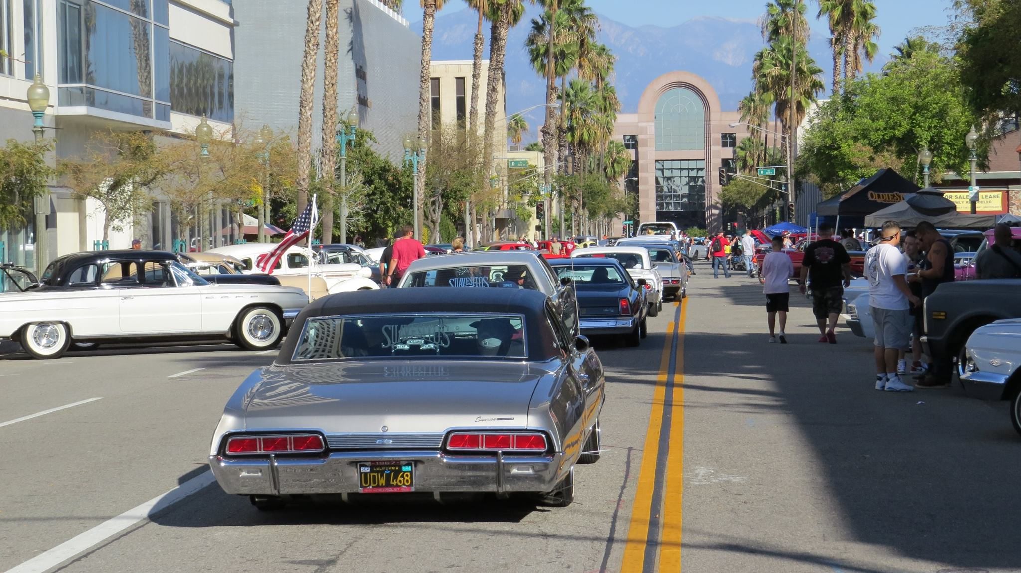 6th Annual Rendezvous Back to Route 66 Car Show | Downtown